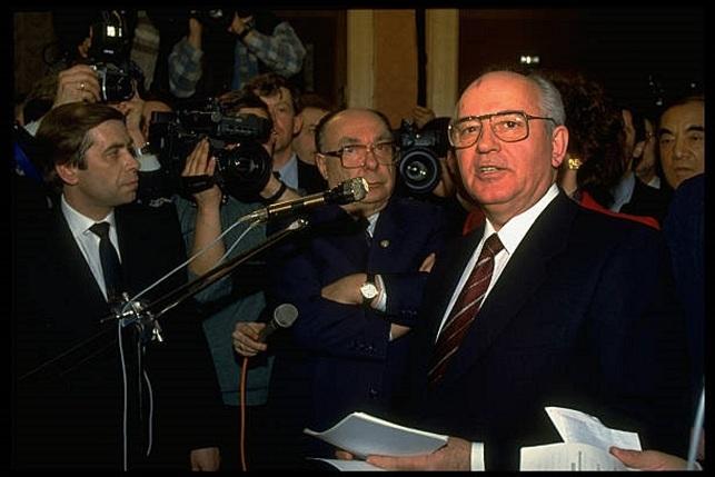 """""""Điệp viên có ảnh hưởng"""" khiến Liên Xô tan rã"""