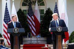 Giúp đồng minh đối phó Nga, ông Trump điều lính từ Đức sang Ba Lan