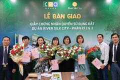 River Silk City Sông Xanh bàn giao sổ đỏ cho cư dân