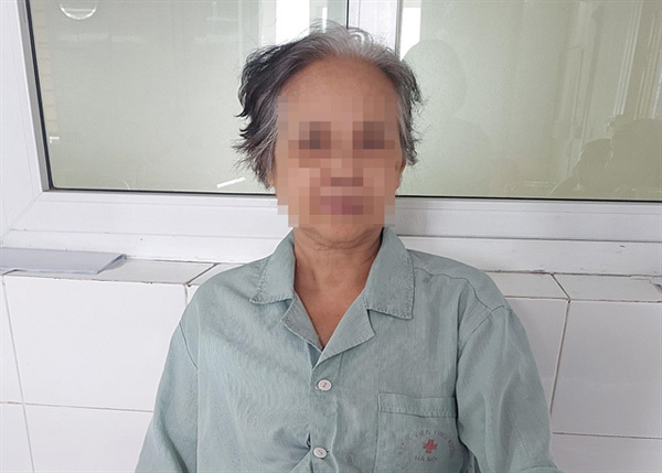 Hanoi Oncology Hospital,save life of elderly woman with large tumour