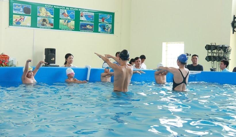 Chỉ 30% trẻ em Việt Nam từ 6-14 tuổi biết bơi