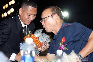 Tuyển Việt Nam gọi lại Anh Đức, thầy Park đang mưu gì