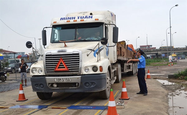 Time to tackle oversized trucks: official