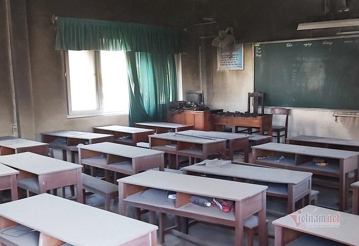 Cháy phòng học nhạc giữa trưa nắng gắt, nhiều thiết bị thành tro