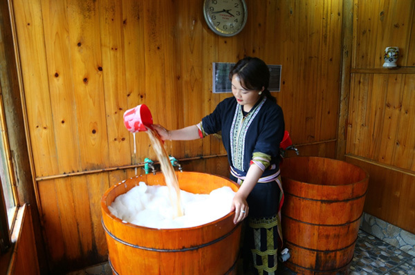 Nothing beats a bath, especially a Dao Do herbal bath