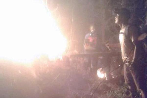 Hàng trăm người cứu rừng tự nhiên bị cháy ở Hà Tĩnh