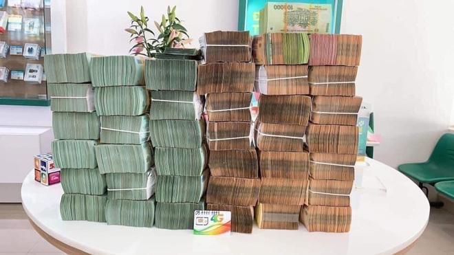 Sim 'khủng' 0977777777 về tay đại gia, chốt giá 15 tỷ đồng?