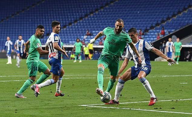 Đánh bại Espanyol, Real nới rộng khoảng cách với Barca