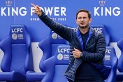 Lampard nổi giận với học trò dù Chelsea thắng trận