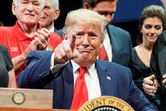 Ông Trump xóa vội thông điệp gây bão dư luận