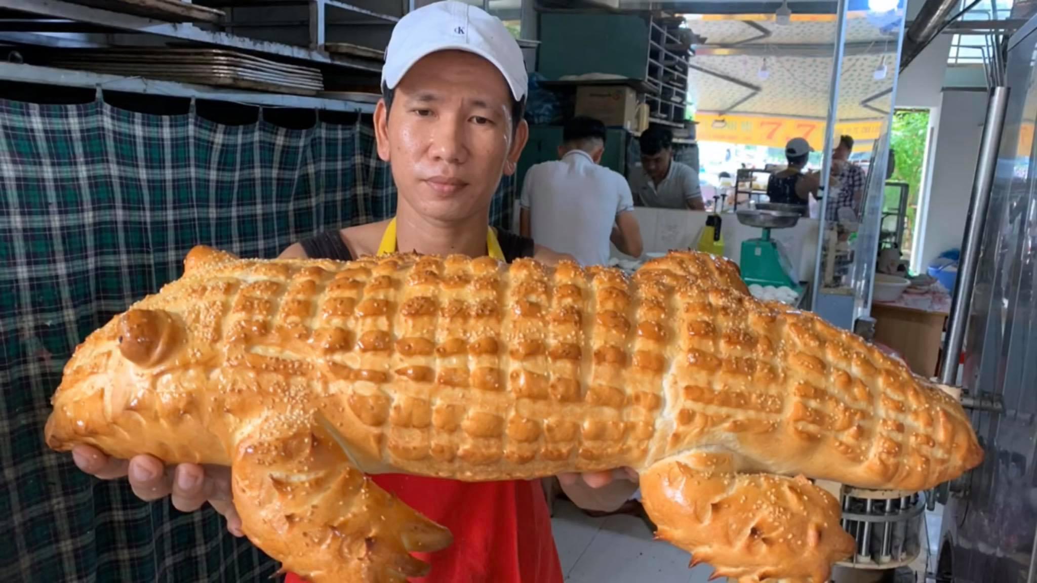 Tiết lộ bất ngờ về chiếc bánh mì cá sấu khổng lồ gây 'sốt'