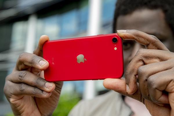 iPhone SE 2020 khiến iFan thất vọng về khả năng chụp ảnh