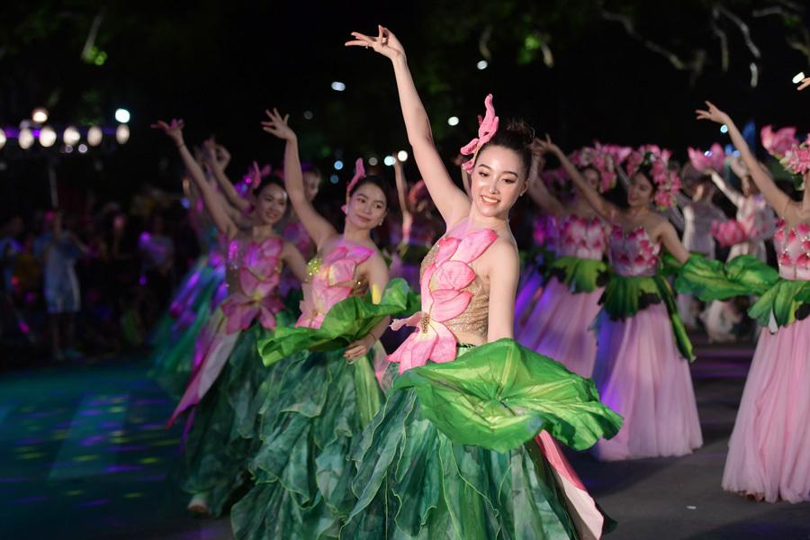 Hơn 3.000 nghệ nhân, nghệ sĩ tham gia lễ hội đường phố