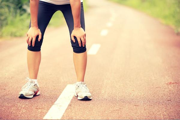 Người đàn ông ngất vào buổi sáng: Tại sao tập thể dục sớm nhiều rủi ro?
