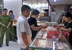 Lời khai tiết lộ kế hoạch cướp tiệm vàng của kẻ mặc sơ mi trắng ở Hà Nội