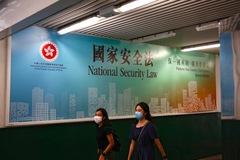 Trừng phạt Trung Quốc, Mỹ huỷ vị thế đặc biệt của Hong Kong