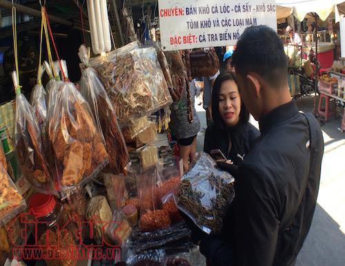 Cambodian market in hcm city,le hong phong street