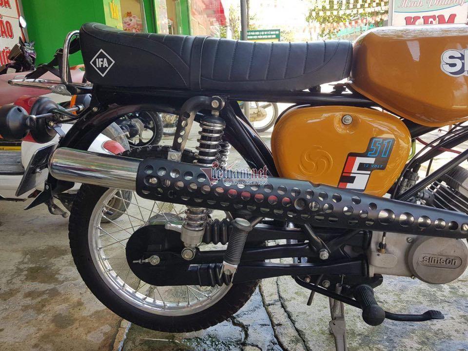 Xe máy Simson 'huyền thoại' 31 năm tuổi giá 150 triệu đồng