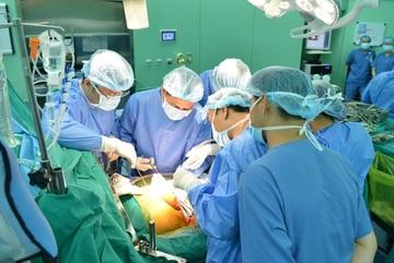 Bệnh viện làm 2 ca ghép gan không cần chuyên gia Hàn Quốc hỗ trợ