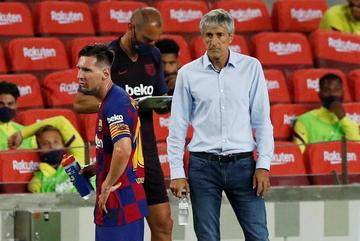 """HLV Quique Setien: """"Barca đang rời xa chức vô địch"""""""