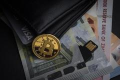 Bitcoin kéo loạt tiền ảo lao dốc