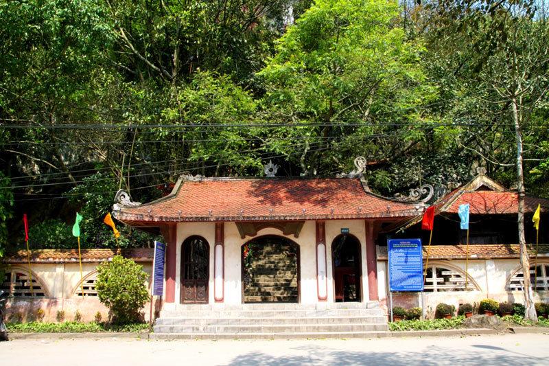 Nhị Thanh - hang động kỳ vĩ giữa phố thị Lạng Sơn