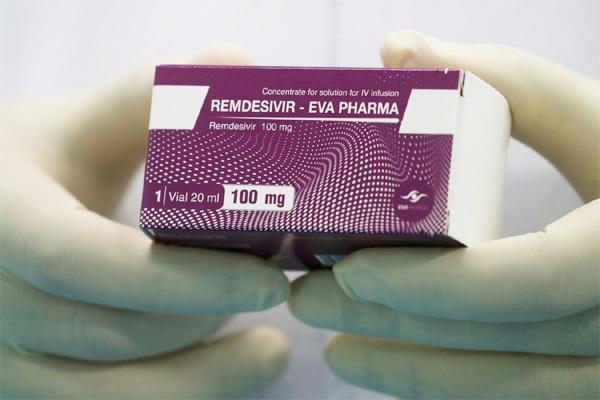 Mỹ mua sạch thuốc đặc trị chữa Covid-19