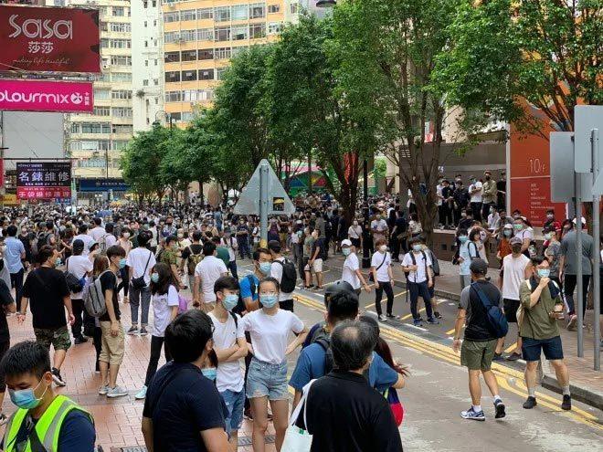 Biểu tình rầm rộ phản đối luật an ninh mới ở Hong Kong