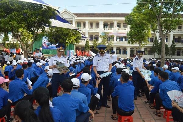 Tuyên truyền Luật Cảnh sát biển Việt Nam lồng ghép tuyên truyền phòng chống ma túy cho ngư dân