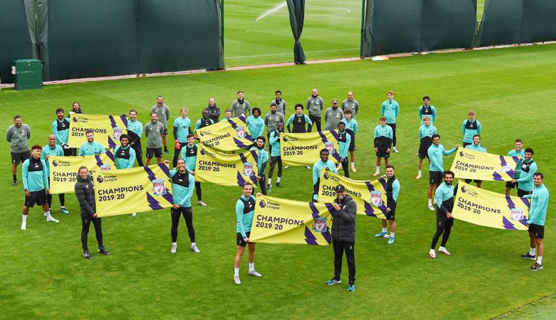 Man City vs Liverpool: Mở tiệc đón tân vương