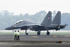 Căng với Trung Quốc, Ấn Độ mua hàng loạt chiến cơ Nga