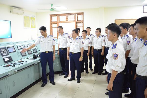 Cải tiến thiết bị kỹ thuật trên tàu Cảnh sát biển đưa vào huấn luyện sát với thực tế