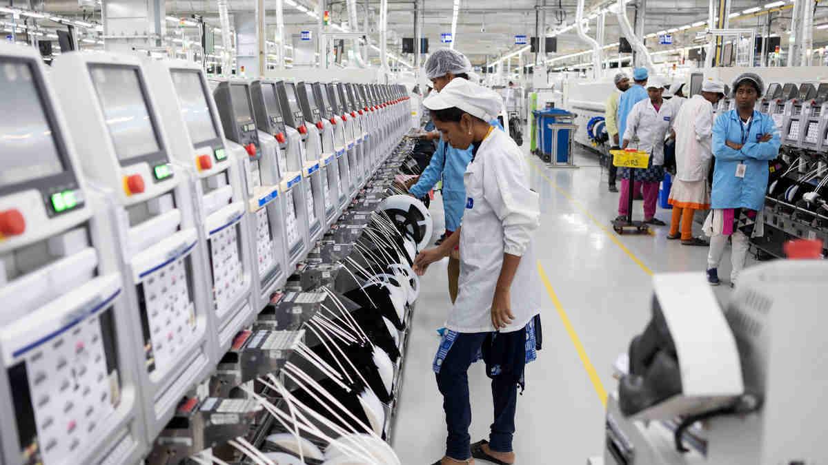 Nhà máy iPhone tại Ấn Độ ngừng hoạt động