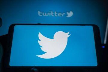 George Floyd: Twitter drops 'master', 'slave' and 'blacklist'