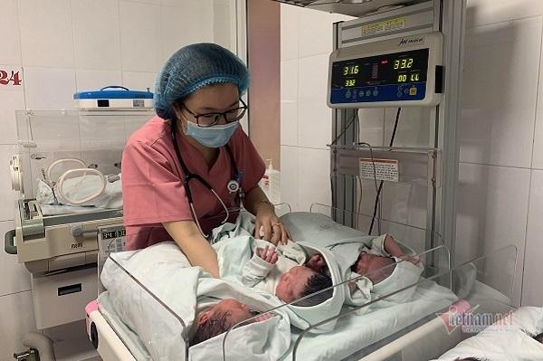 Sai lầm thường gặp trong chăm sóc trẻ sơ sinh mùa hè