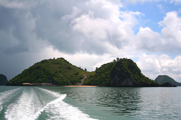 Discovering the wild nature of Ba Mun Island