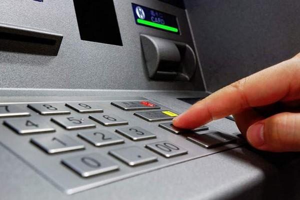 Chuyển tiền ATM khác ngân hàng cực đơn giản nếu biết những điều sau