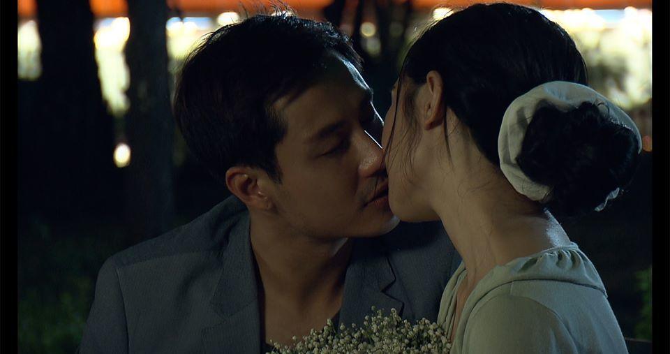 Vẻ điển trai của 'thầy giáo hot nhất màn ảnh' Thanh Sơn