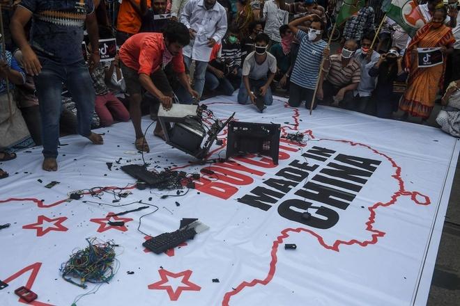 Ấn Độ ngừng mua 2,8 tỷ USD thiết bị điện từ Trung Quốc