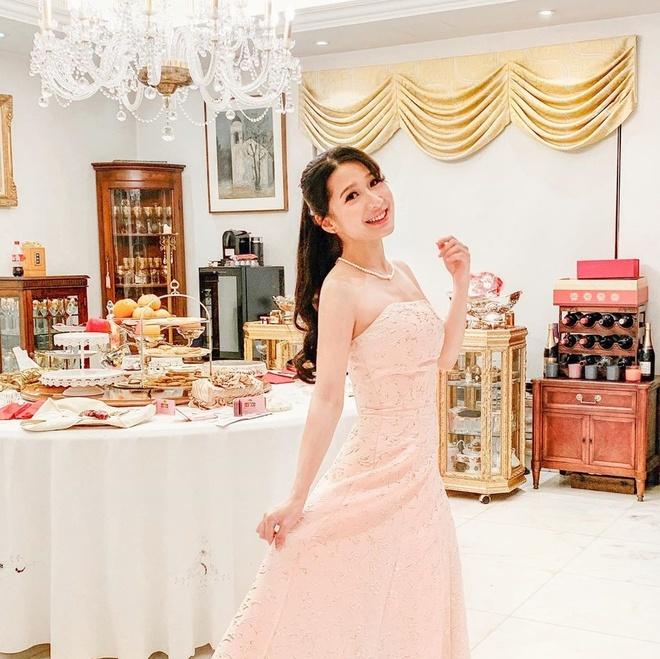 Ái nữ tỷ phú Hong Kong thi hoa hậu, không muốn cậy gia thế vào showbiz