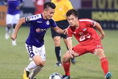 Viettel vs Hà Nội: Quang Hải lại gặp vấn đề