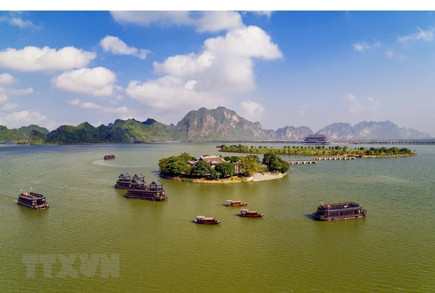 Tam Chuc Pagoda,ha nam travel