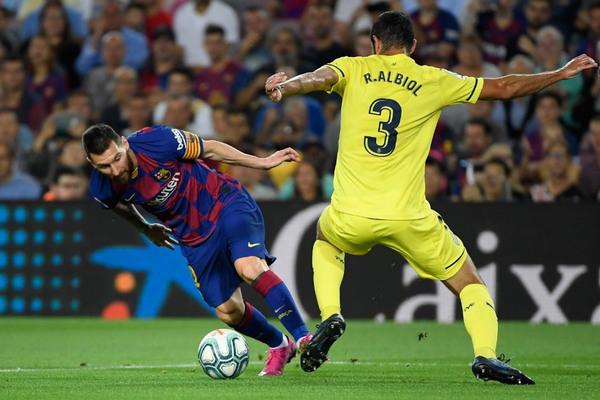 Villarreal vs Barca: Sa lầy nơi đất khách