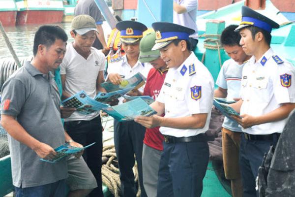 Có sự đồng hành của cảnh sát biển, ngư dân hiểu hơn về pháp luật