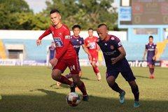 Quảng Nam thắng tranh cãi, Sài Gòn leo lên đầu bảng
