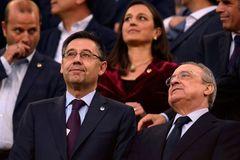Sếp bự Barca tố VAR thiên vị Real Madrid