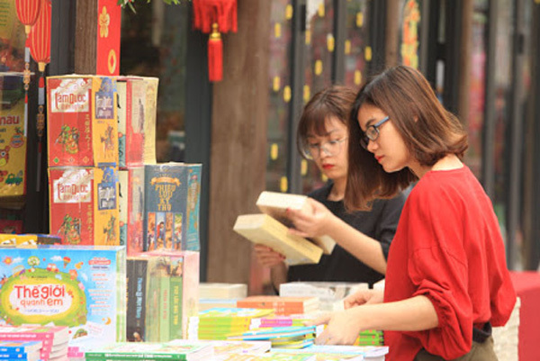 13.000 cuốn sách được đưa tới bạn đọc cả nước