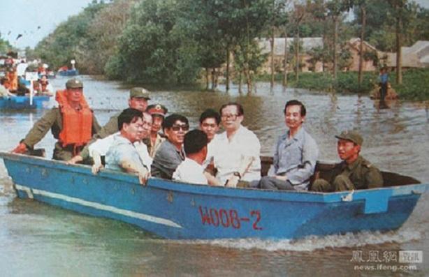 Hình ảnh 'đại hồng thủy' tại Trung Quốc năm 1998