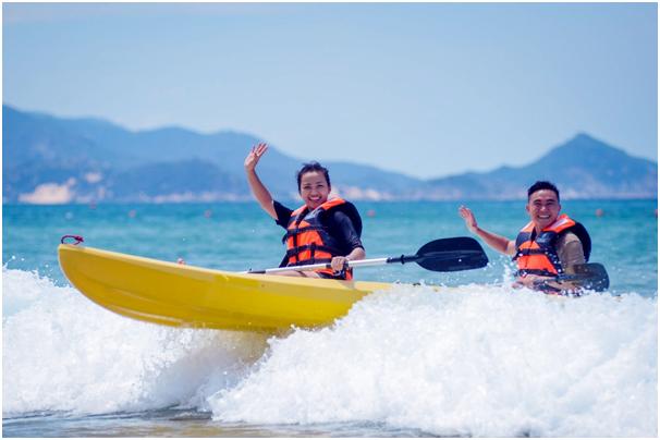 Học sinh nghỉ hè, các điểm nóng du lịch bùng nổ