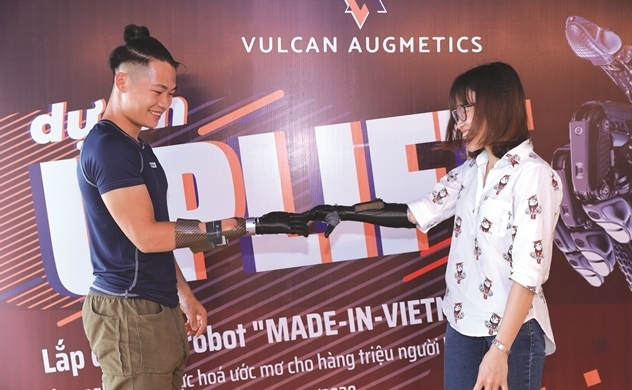 Vulcan prosthetic limb opens up new opportunities for amputees